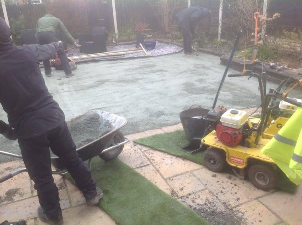 artificial grass putting green during